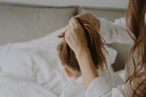 面对青少年抑郁,家长应该怎么做?